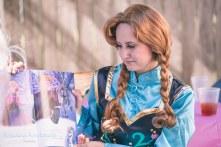 princess Anna reading book