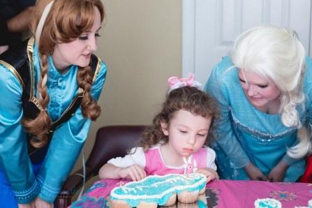 princesses and Birthday Cake