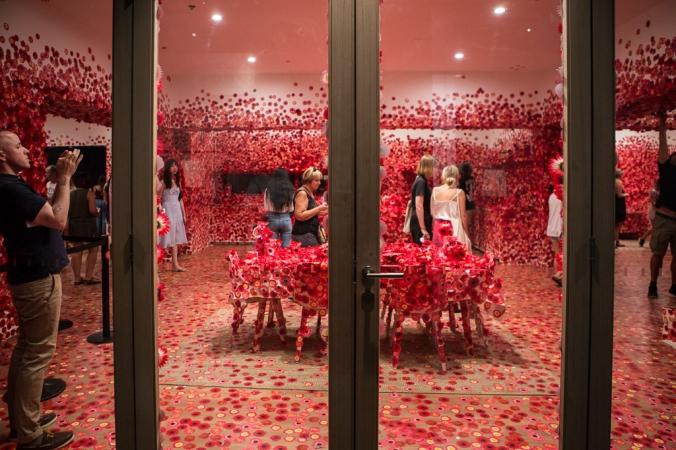 looking inside flower room