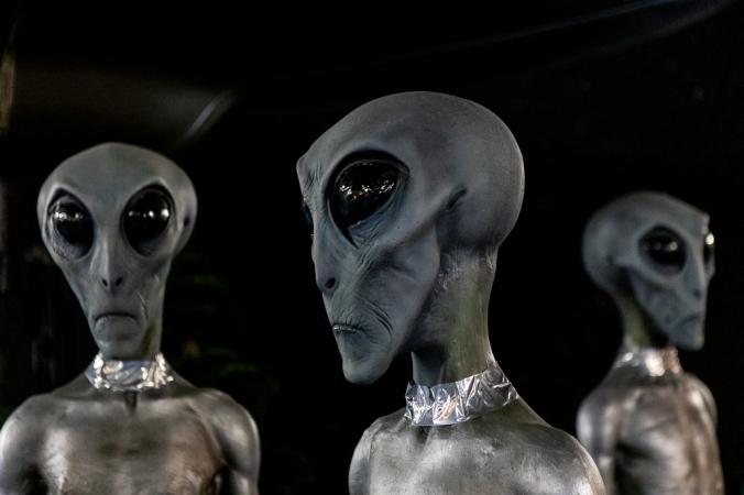 alien close up in museum